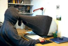 Absurd Inventions - Privacy Scarf
